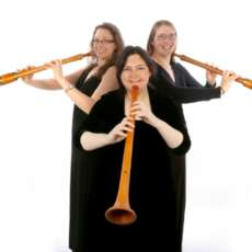 Blondel-medieval-and-renaissance-band-of-all-the-birds-1574858051