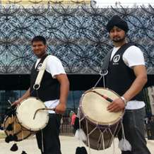 Dhol-indian-drumming-performance-1418676600