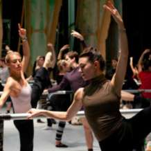 Birmingham-royal-ballet-class-on-stage-1551091658