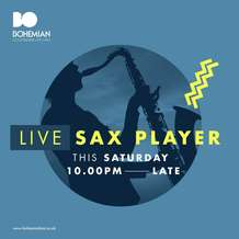 Live-sax-player-1494963905