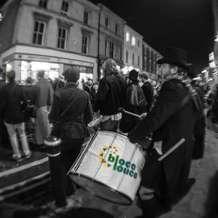 Bloco-louco-samba-drumming-1456346520
