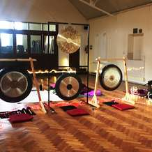 Healing-gongs-soundbath-1556637371