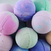 Bath-bomb-making-1533662072