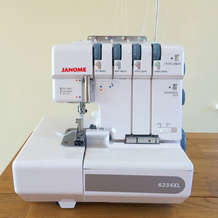 Learn-how-to-use-an-overlocker-workshop-1566289554
