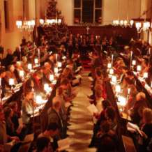 Carols-by-candlelight-1512406667