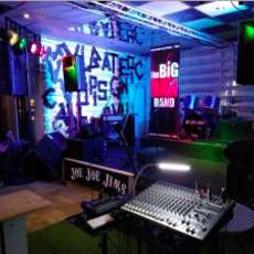 Big-dan-s-open-mic-night-1581540455