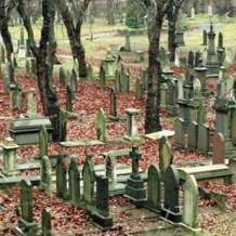 Tours-of-key-hill-cemetery-1576695345