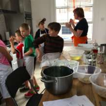 The-kid-s-kitchen-1533720226