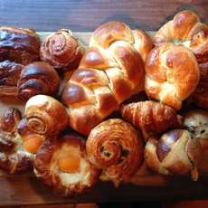 Sweet-breads-and-viennoiserie-1481836311