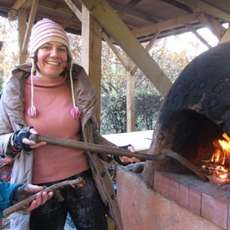 Earth-oven-baking-1492166902