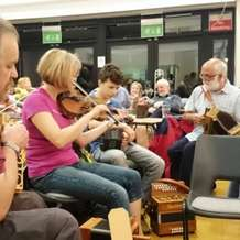 Traditional-music-session-1437940327