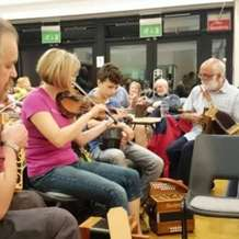 Traditional-music-session-1437940545