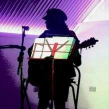 Big-dan-s-acoustic-open-mic-night-1522345060