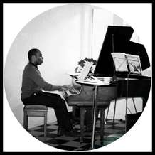 Piano-lounge-1526932966