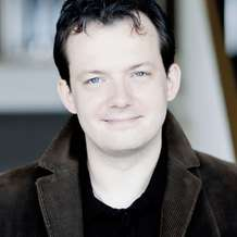 Andris-nelsons-conducts-bruckner-1476129074
