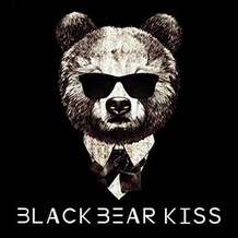 Black-bear-kiss-1534961208