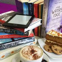 Silent-reading-cafe-at-the-core-1487496711