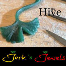 Jerk-n-jewels-wax-carving-jewellery-design-workshop-1583443042