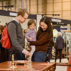 Antiques-for-everyone-spring-fair-1485966034