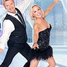 Torvill-dean-s-dancing-on-ice-the-tour-2012