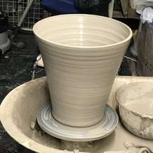 Thursday-evening-beginners-pottery-1563692758