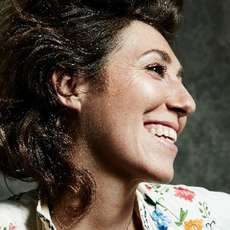 Martha-wainwright-1482310624