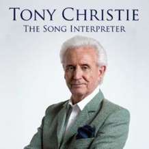 Signing-tony-christie-1567540403